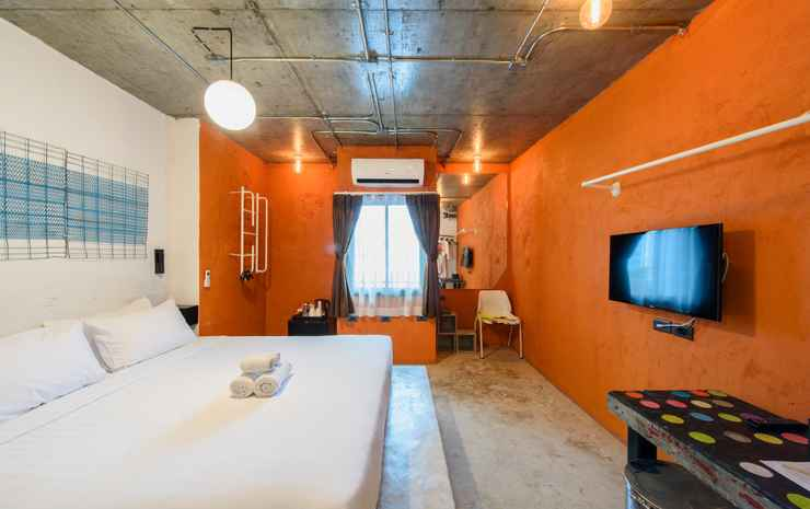 We Terminal Hotel Chiang Mai - Artist Double Room Only