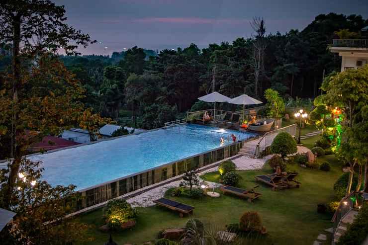 SWIMMING_POOL Tom Hill Resort & Spa