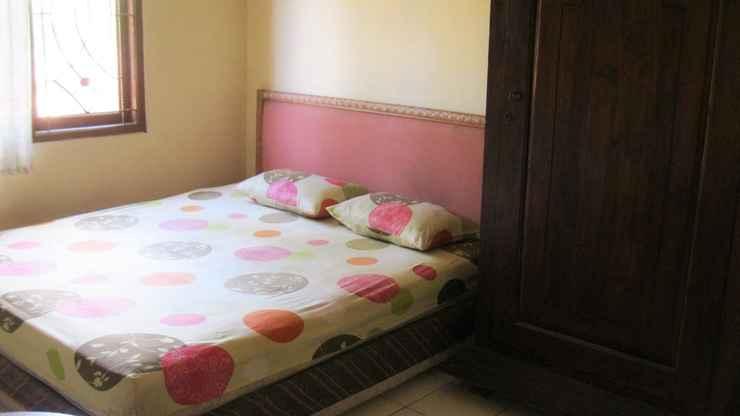 BEDROOM d'Oka House Sanglah