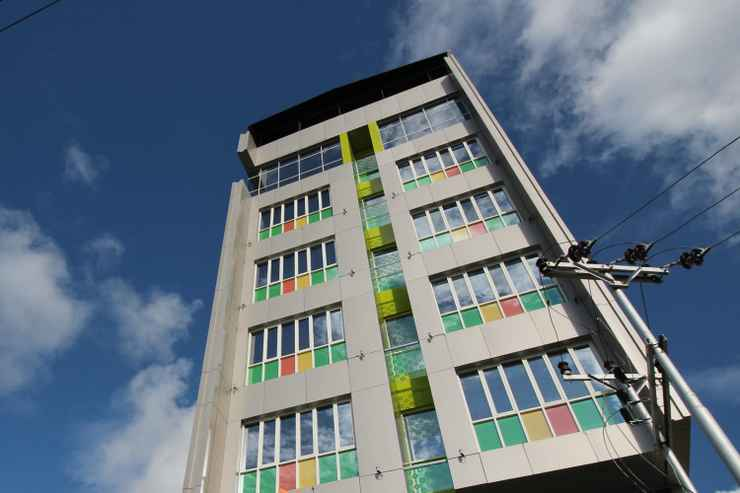 EXTERIOR_BUILDING Airy Wenang Pierre Tendean 35 Manado