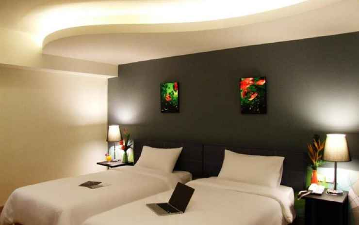 Grand Tower Inn Sathorn Bangkok - Deluxe Room Only