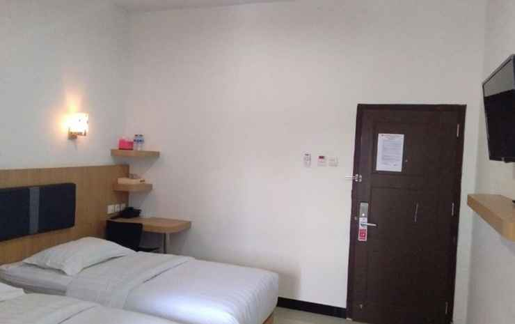Alibaba Hotel Pangkalan Bun Kotawaringin Barat - Standard Twin