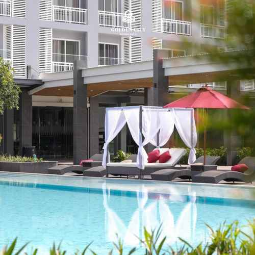 SWIMMING_POOL Golden City Rayong Hotel