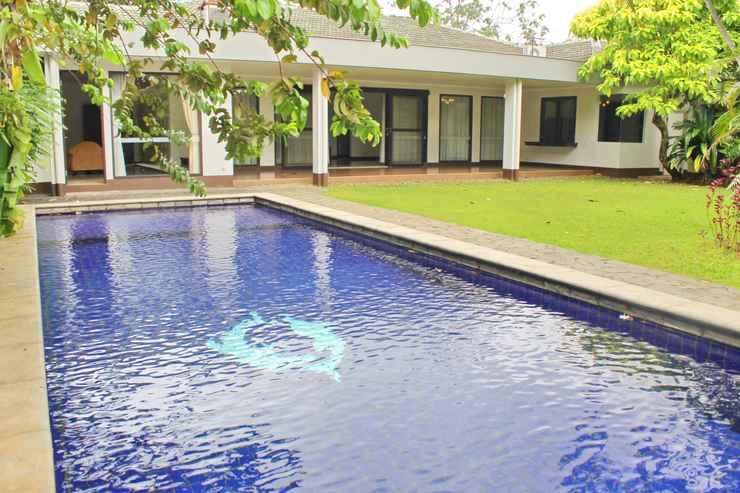 SWIMMING_POOL Siaga Raya 3 Villas