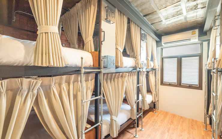 Siam Plug In boutique hostel Bangkok - Double Bed in Mixed Dorm