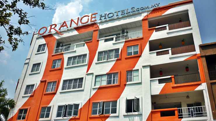 EXTERIOR_BUILDING Orange Hotel Kota Kemuning
