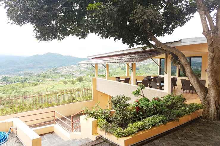 EXTERIOR_BUILDING Parama Guest House