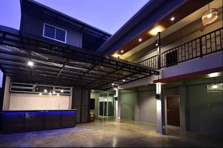 EXTERIOR_BUILDING Inn Stations Hostel