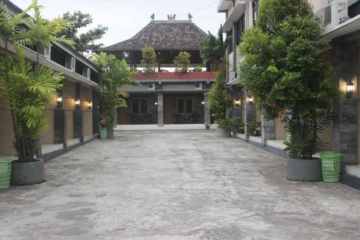 EXTERIOR_BUILDING Cyka Raya Hotel