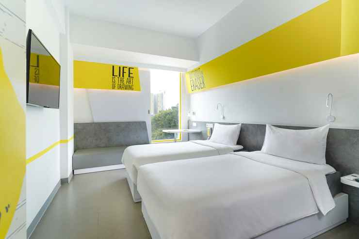 BEDROOM Yello Hotel Manggarai