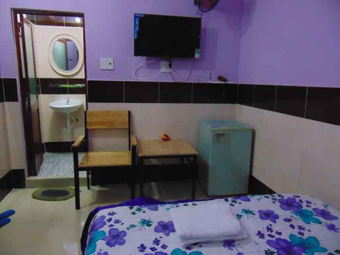 BEDROOM Khách sạn Quỳnh Anh
