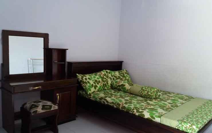 Homestay Dhilpratis at Pantai Balekambang  Malang -