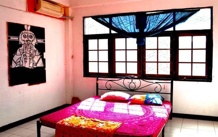 The Overstay Art Hostel Bangkok - Double Room