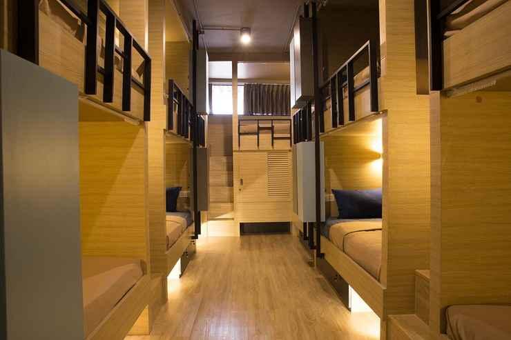 BEDROOM Bed Box Khaosarn Hostel