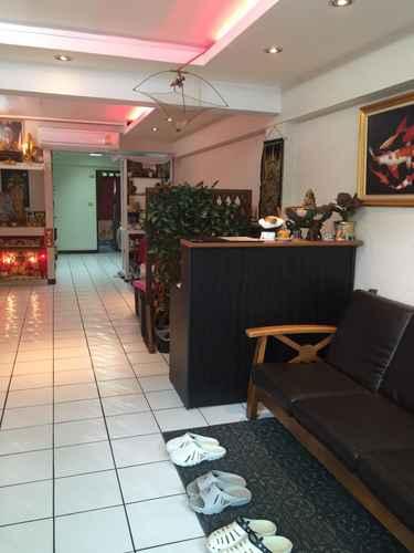 LOBBY No. 1 Guesthouse Silom