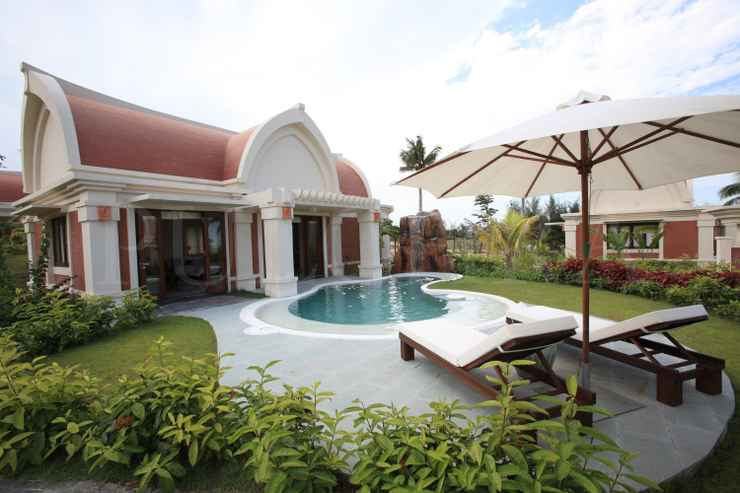 SWIMMING_POOL Pulchra Resort Da Nang