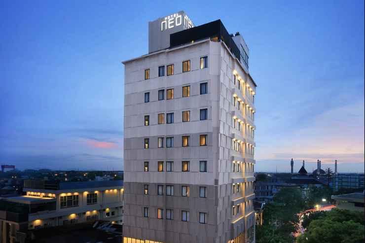 EXTERIOR_BUILDING Hotel Neo Gajah Mada Pontianak by ASTON