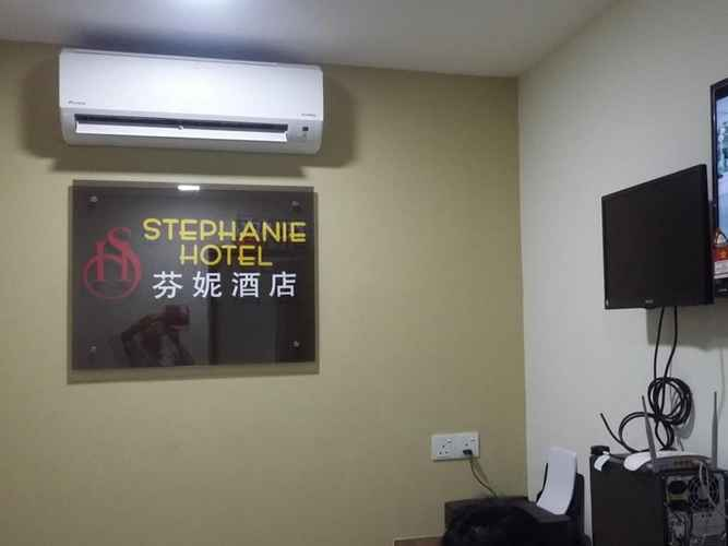 LOBBY Stephanie Hotel