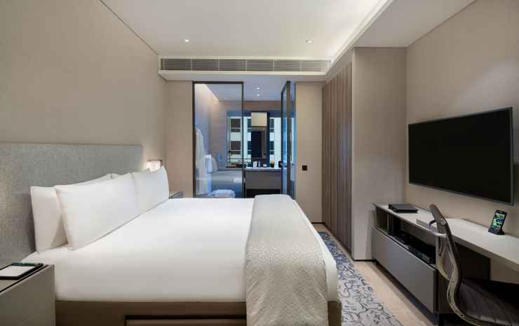 Oakwood Premier AMTD Singapore Singapore - SingapoRediscovers Package - Deluxe One-Bedroom Apartment with Breakfast, Family Dining Set & Late Check-out (Family Together)
