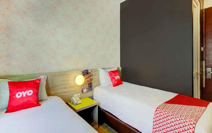 OYO 4005 Bunga Dahlia Guest House Jakarta - Deluxe Twin Room