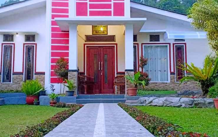 Villa Elbe Cisarua Puncak Bogor - Villa Zain 2