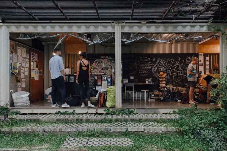LOBBY The Yard Hostel
