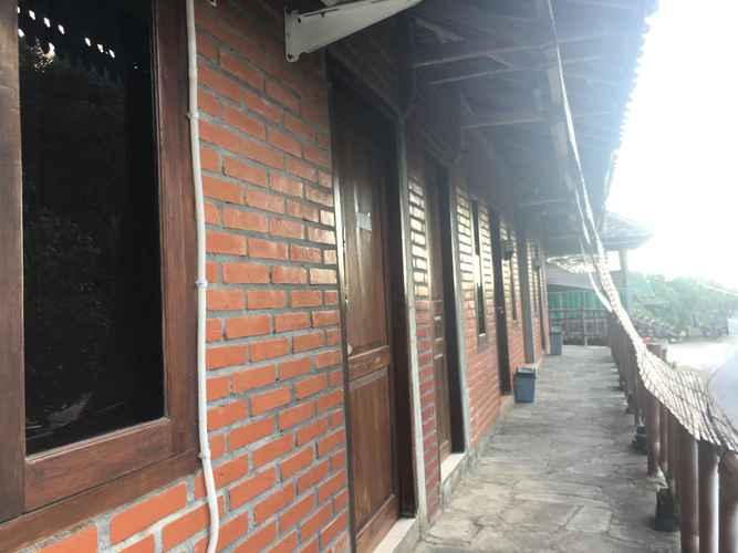 EXTERIOR_BUILDING Value Room in Indrayanti Beach at Joglo Watukelir