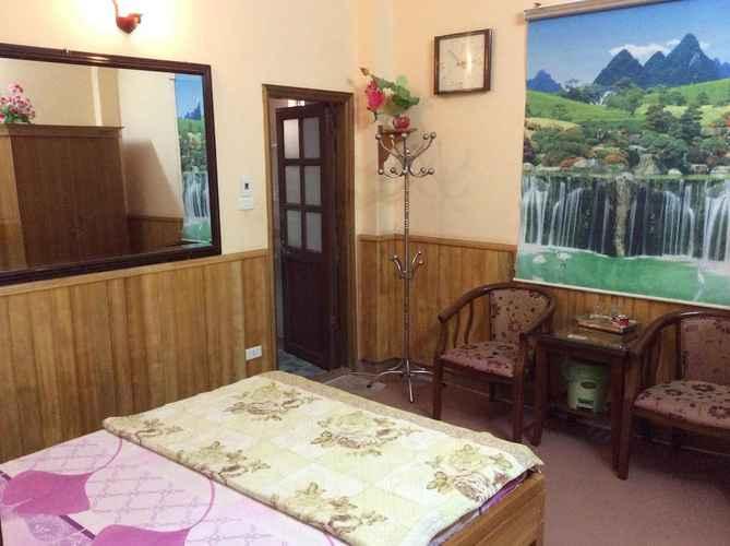 BEDROOM Khách sạn Hồng Anh 2