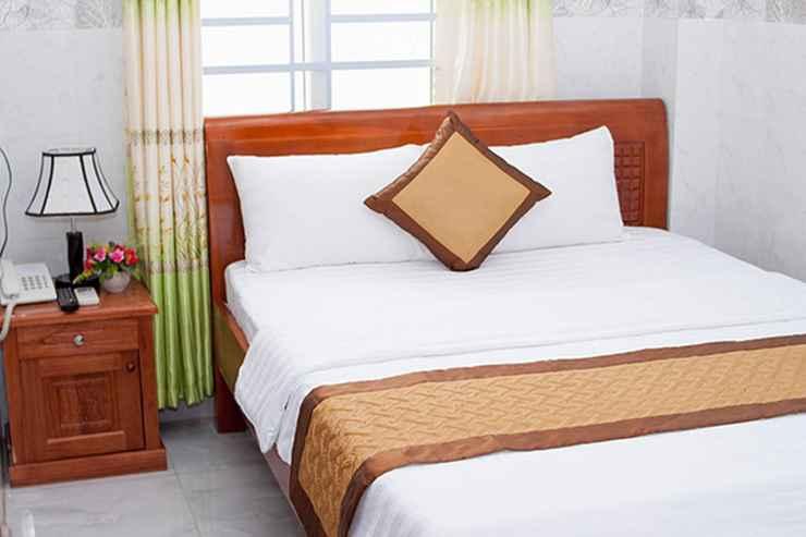 BEDROOM Rise Hotel