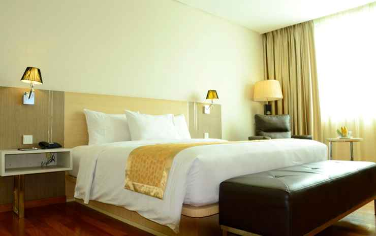 Nagoya Hill Hotel Batam - Deluxe Double Bed