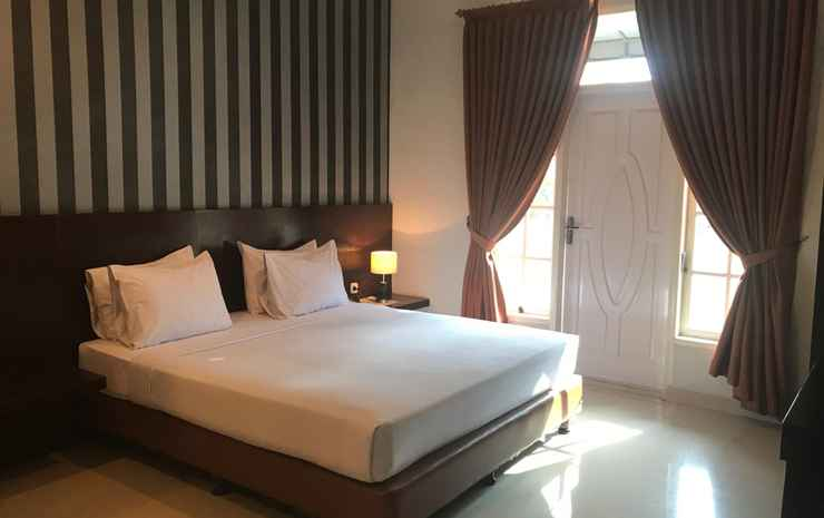 Grand Mega Hotel Pematangsiantar - Deluxe King Bed