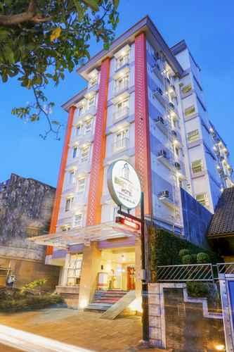 EXTERIOR_BUILDING Best City Hotel