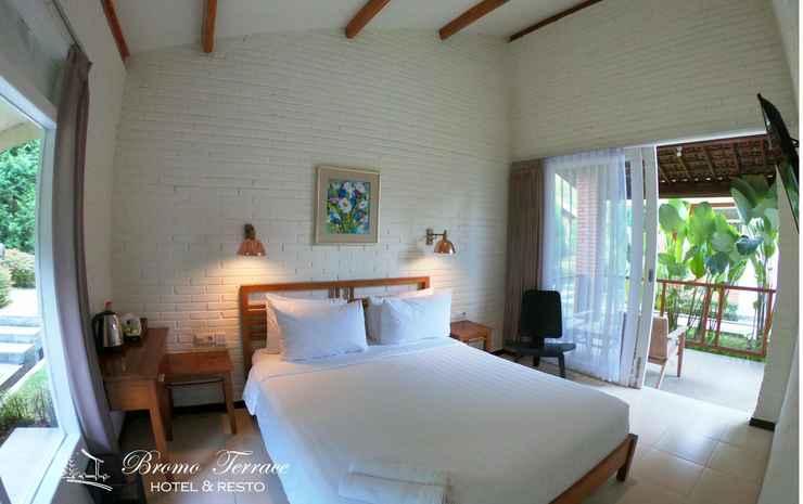 Bromo Terrace Hotel Probolinggo - Deluxe Double  with Private Terrace