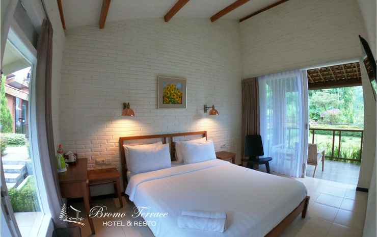 Bromo Terrace Hotel Probolinggo - Deluxe Double Hill View