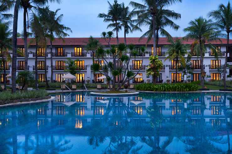 SWIMMING_POOL Sheraton Lampung Hotel
