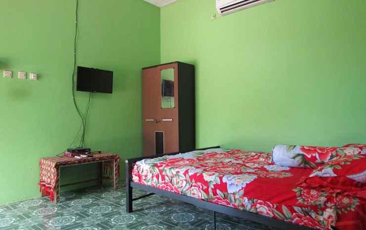 Homestay Ama Tukang Pulau Sumba - Double AC Room