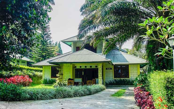 Terrace Villa Golf Bogor - Villa Deluxe 3 Kamar
