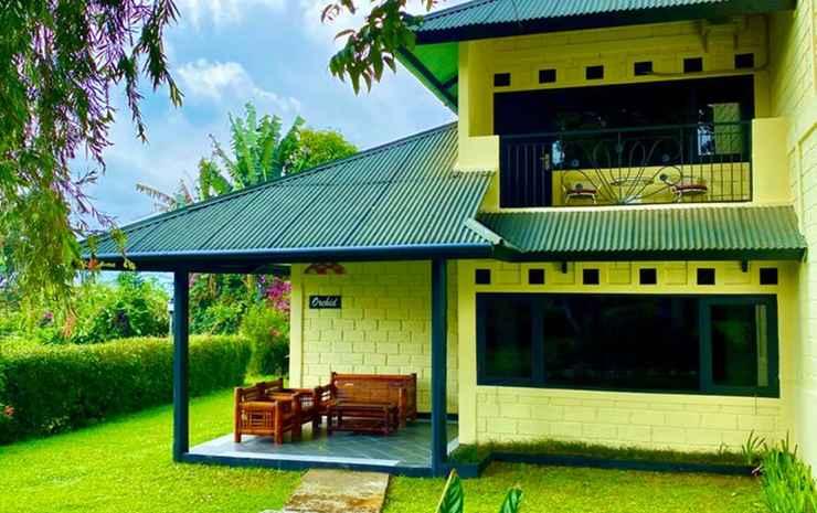 Terrace Villa Golf Bogor - Villa Deluxe 2 Kamar AC