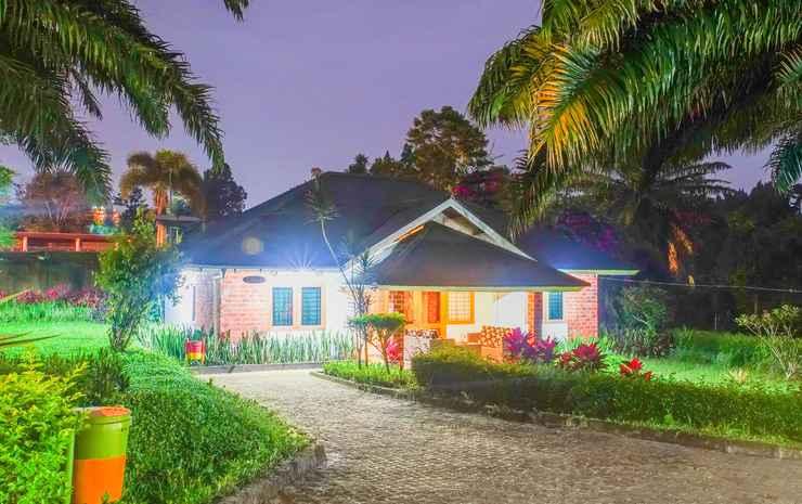 Terrace Villa Golf Bogor - Villa VIP 3 Kamar AC + Swimming Pool