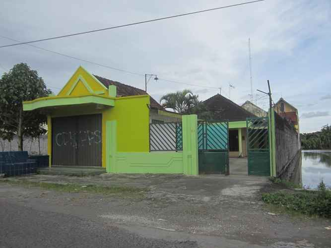 EXTERIOR_BUILDING Homestay at Ekost Bayeman