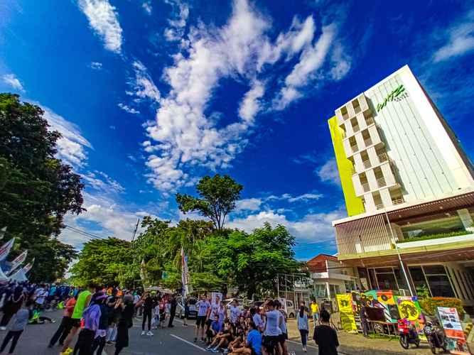EXTERIOR_BUILDING Whiz Prime Hotel Sudirman Makassar