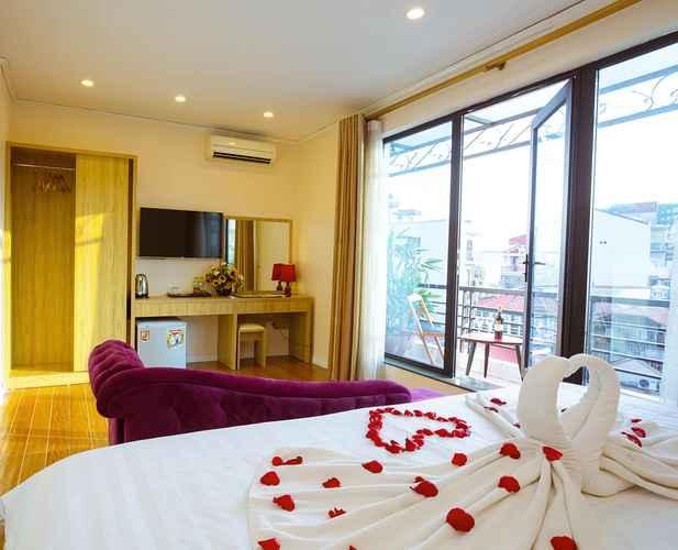 BEDROOM Royal Hotel Hanoi