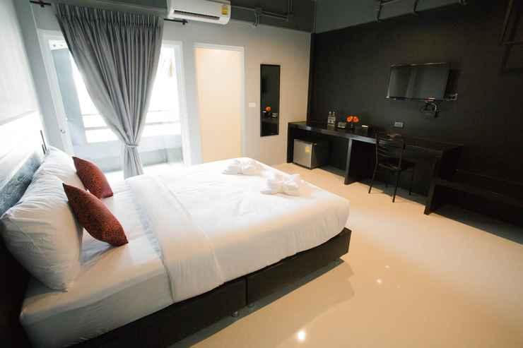 BEDROOM B-Black Hotel