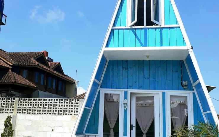 Shinta Corner Ranch and Resort Bandung - Palm Room