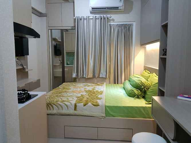 BEDROOM The Green Pramuka City by Dede