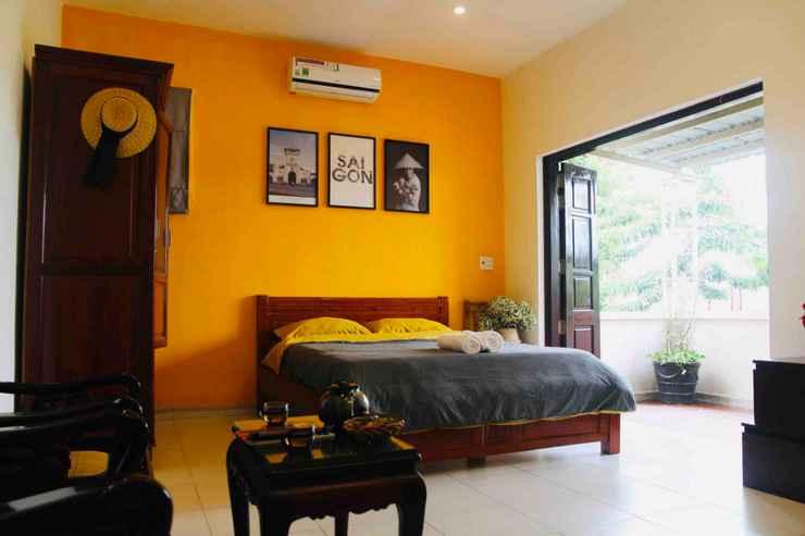 BEDROOM Yellow House Garden Villa