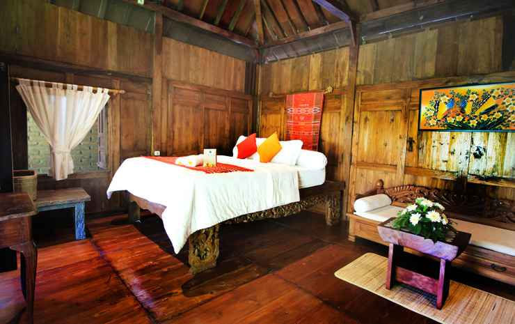 Ethnic Room at Omah Limasan by Omah Bungah