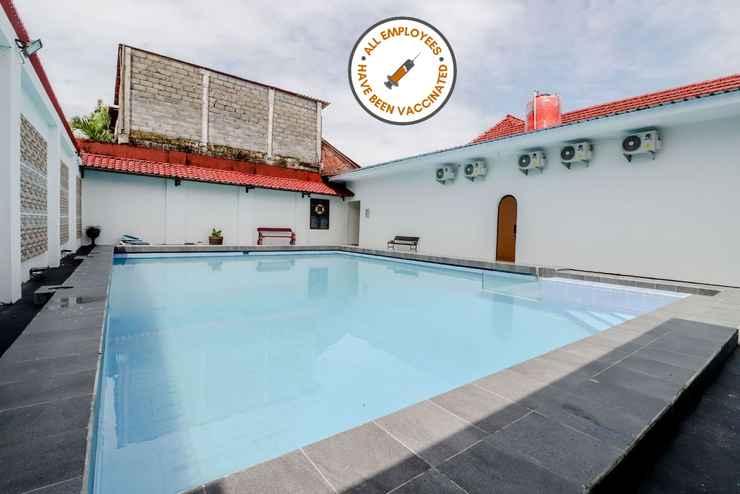 SWIMMING_POOL Sumaryo Hotel