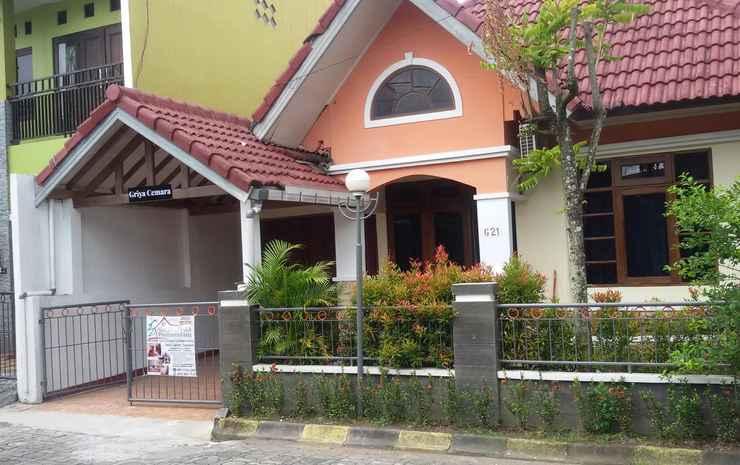 Relax 4 Bedroom at Ndalem Cemara Homestay Yogyakarta Yogyakarta -