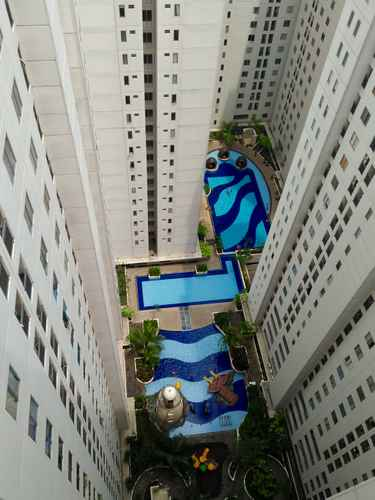 SWIMMING_POOL Channel Stay at Bassura City Apartment